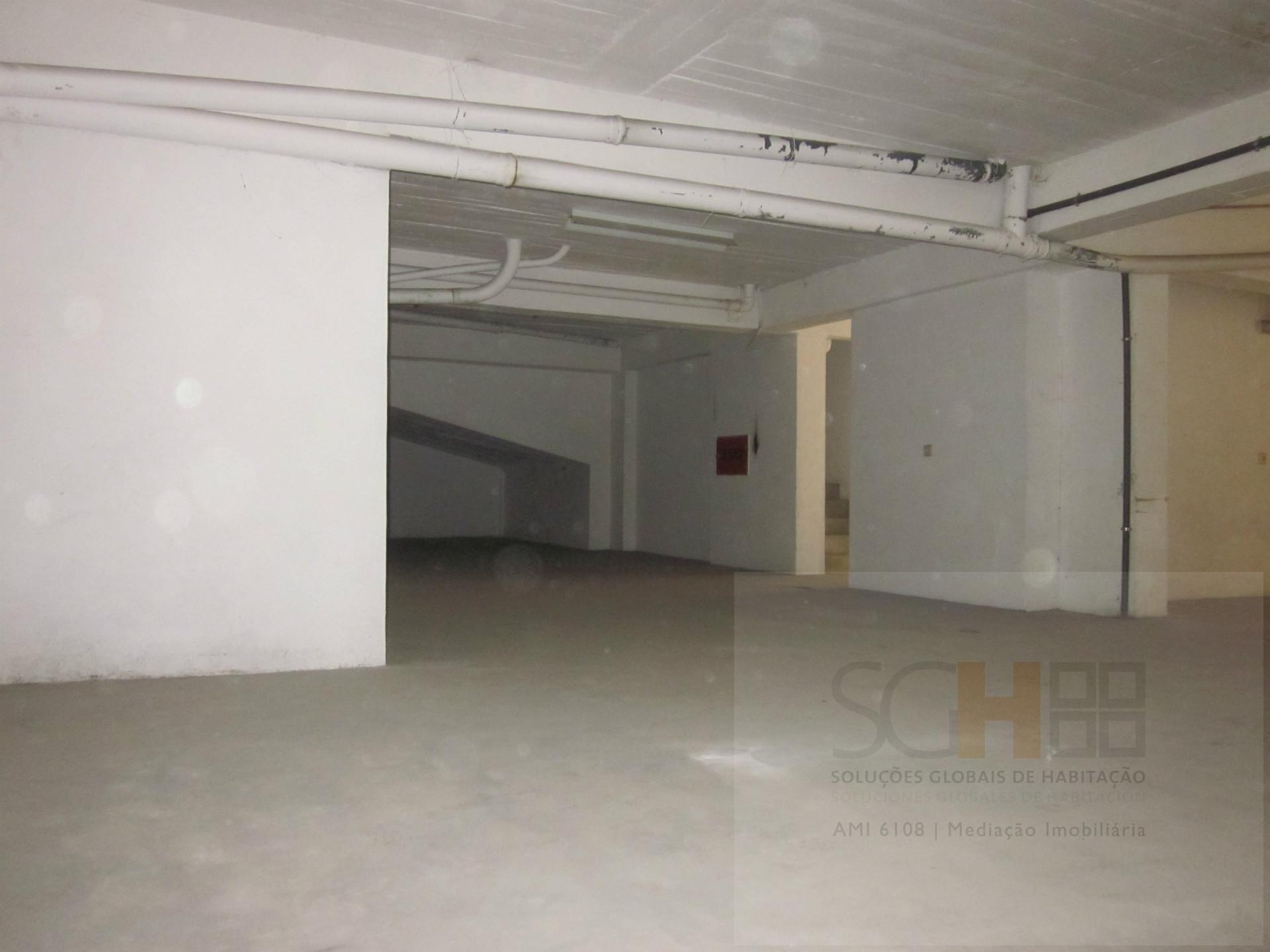 garagem 252 m2 , Castelo Branco, Castelo Branco