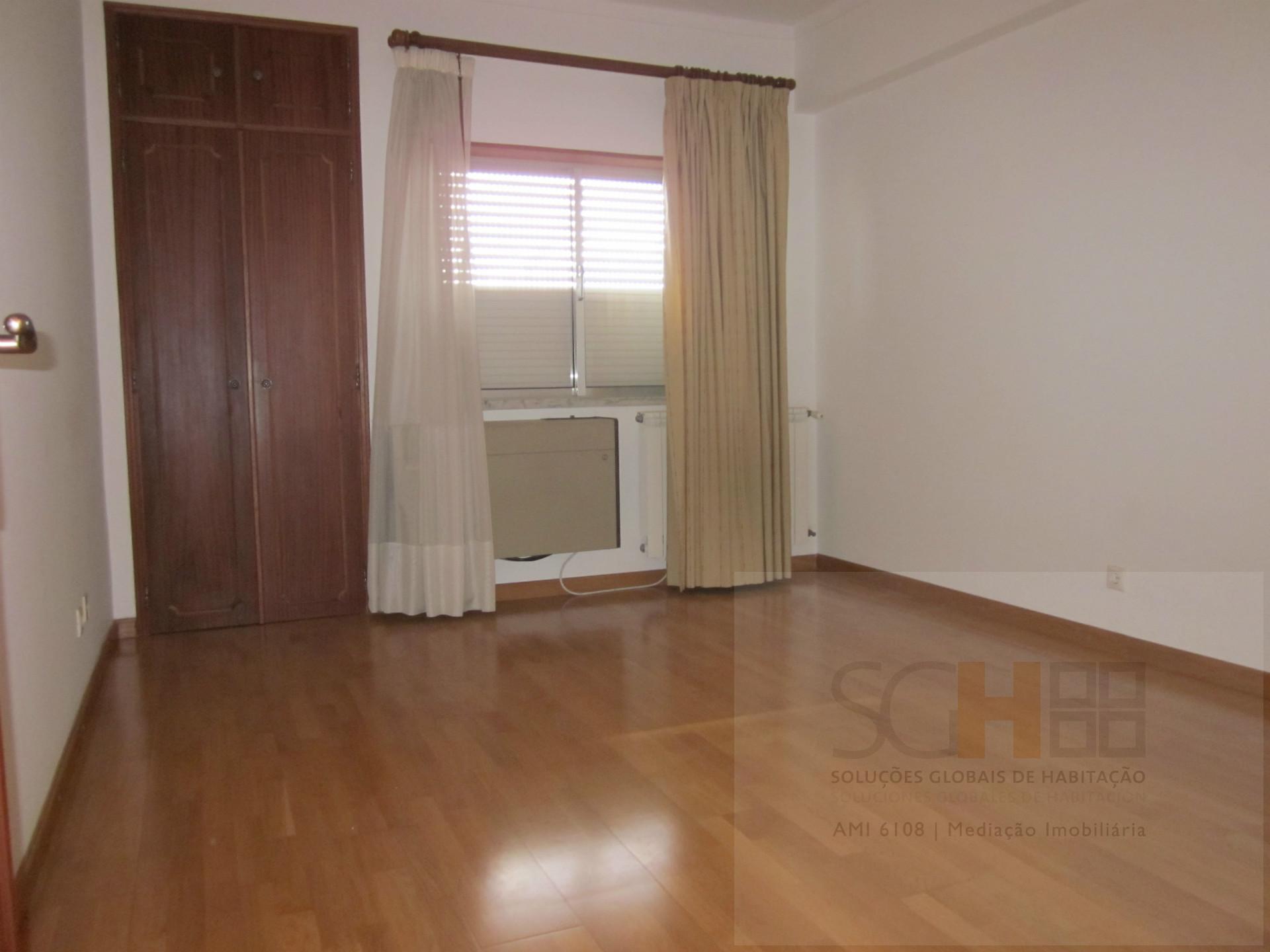 Appartamento 5 Vani, Castelo Branco, Castelo Branco