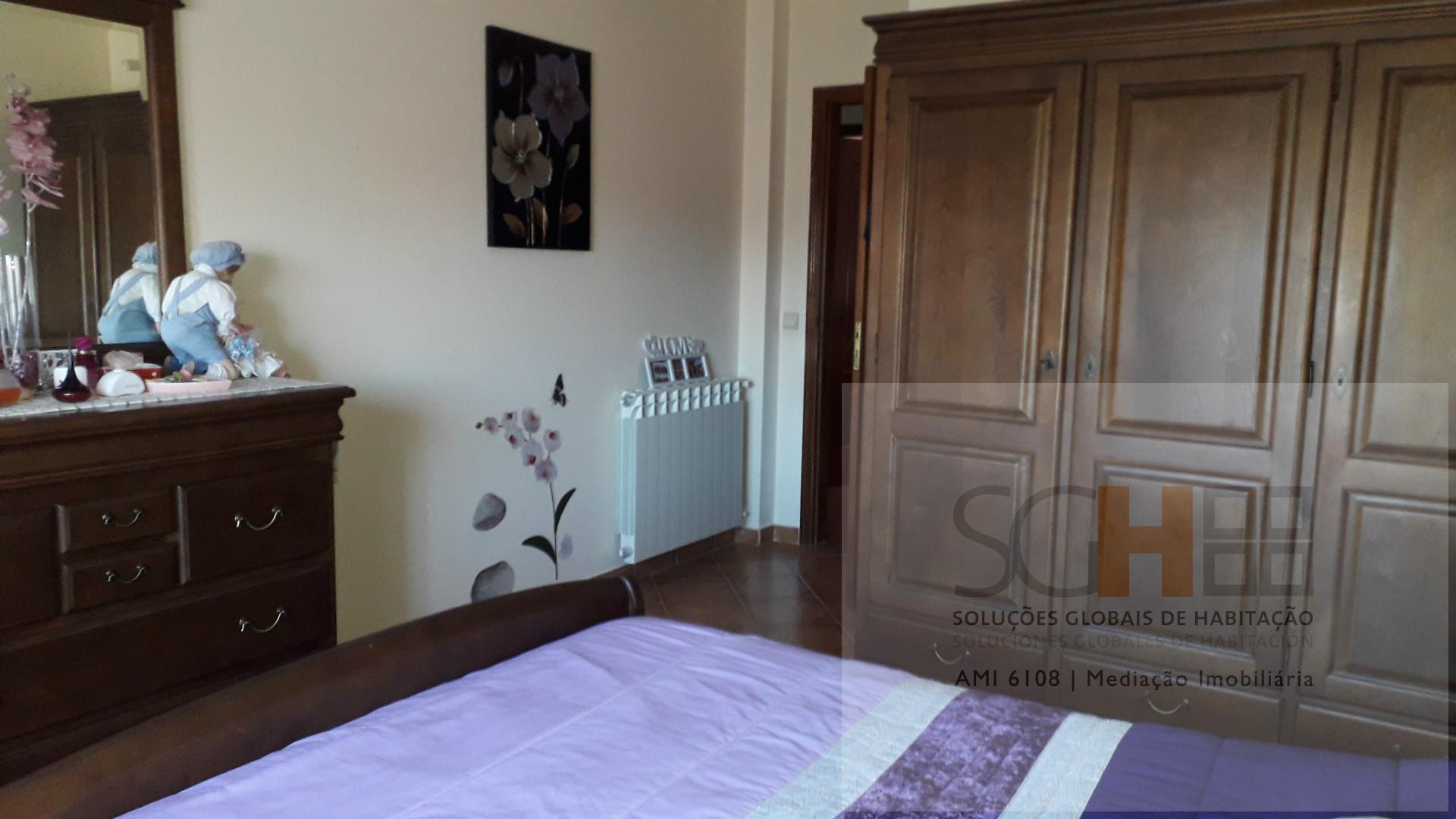 Zweifamilienhaus 3 Schlafzimmer, Castelo Branco, Castelo Branco